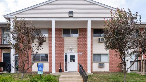 670 Marilyn Unit 105, Glendale Heights, IL 60139