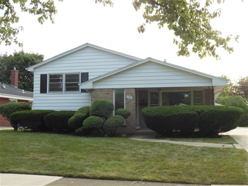 782 S Swain, Elmhurst, IL 60126