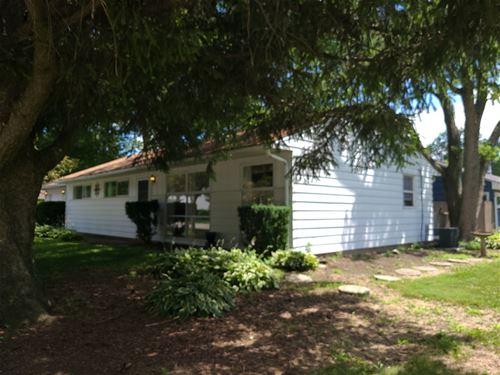 704 E Elm, Wheaton, IL 60189