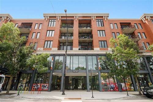 3232 N Halsted Unit D302, Chicago, IL 60657 Lakeview