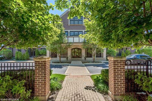 720 Green Bay Unit 1E, Winnetka, IL 60093