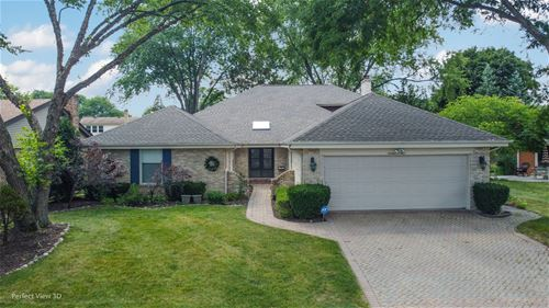 1604 N Hickory, Arlington Heights, IL 60004