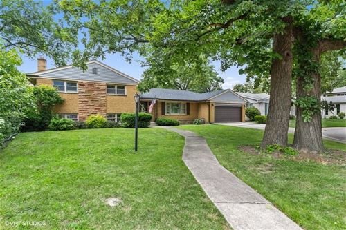 6435 N Kilbourn, Lincolnwood, IL 60712