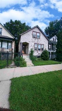 8529 S Kingston, Chicago, IL 60617 South Chicago