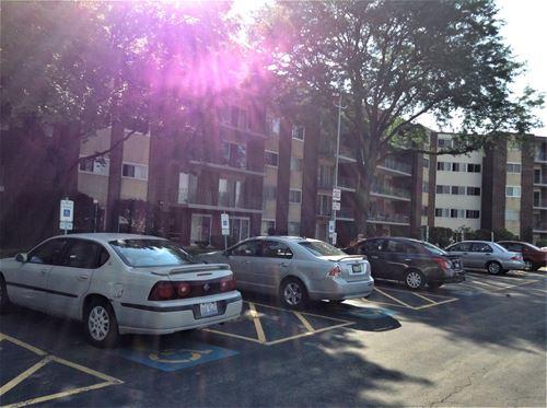 2900 Maple Unit 12C, Downers Grove, IL 60515