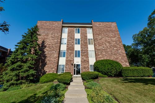 4900 Forest Unit 103, Downers Grove, IL 60515