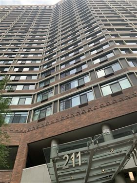 211 E Ohio Unit 1708, Chicago, IL 60611 Streeterville