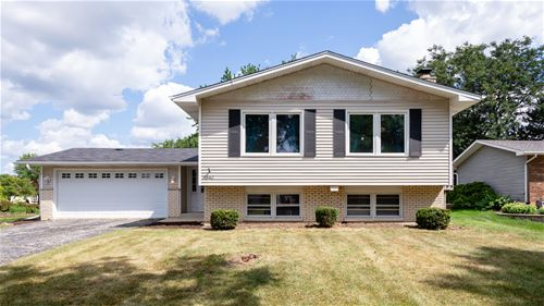 1840 Bolson, Downers Grove, IL 60516