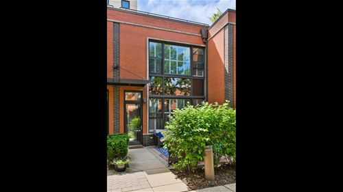 944 N Howe, Chicago, IL 60610 Goose Island