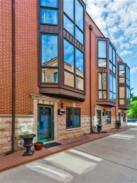 2052 W Armitage Unit C, Chicago, IL 60647 Bucktown