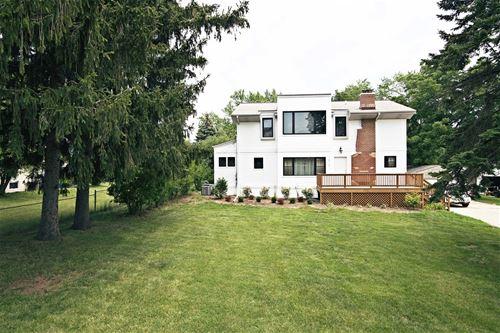 1515 N Wilke, Arlington Heights, IL 60004