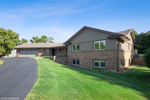 6682 W Gate, Roscoe, IL 61073