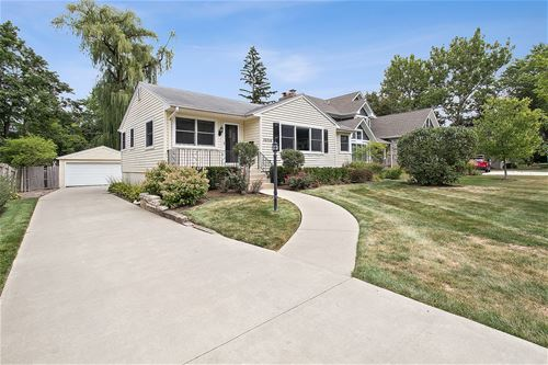 1058 Central, Deerfield, IL 60015