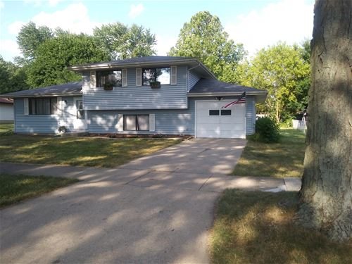 1612 Forrest, St. Charles, IL 60174