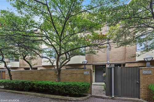 2015 N Halsted Unit 39, Chicago, IL 60614 Lincoln Park