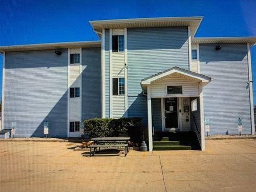 3130 W Monroe Unit 207, Waukegan, IL 60085