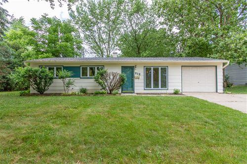212 Greenbriar, Streamwood, IL 60107