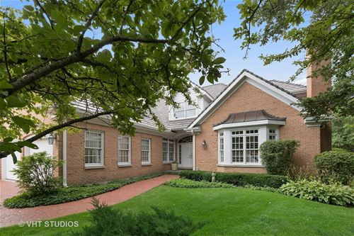 900 Gloucester, Lake Forest, IL 60045