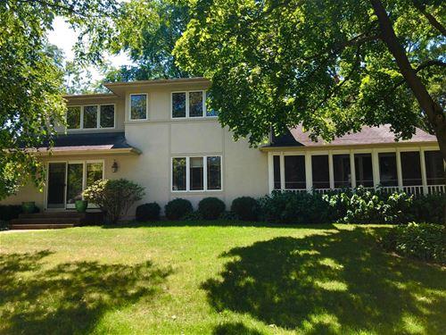 26880 N Circle, Mundelein, IL 60060