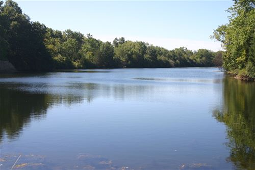 Lot 5 Heron Lake, Morris, IL 60450