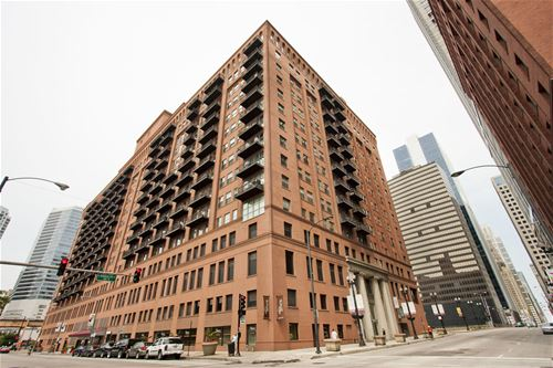 165 N Canal Unit 910, Chicago, IL 60606 The Loop
