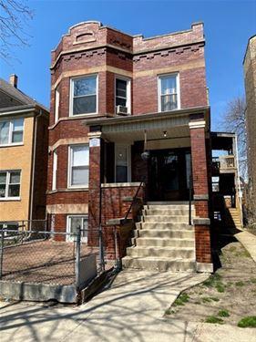 3074 N Davlin, Chicago, IL 60618 Avondale