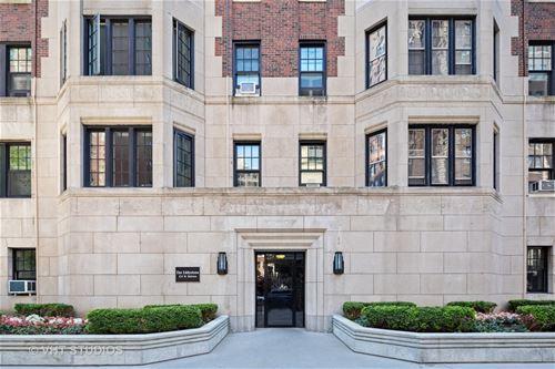 421 W Melrose Unit 21BC, Chicago, IL 60657 Lakeview