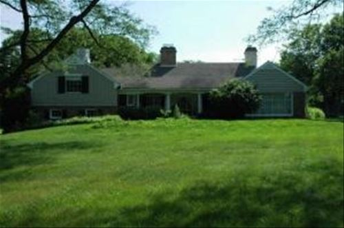 303 Butler, Lake Forest, IL 60045