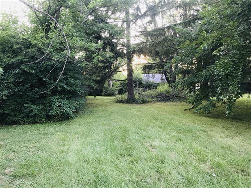 3220 Thornwood, Glenview, IL 60026