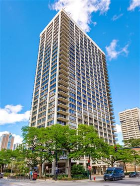 88 W Schiller Unit 2208, Chicago, IL 60610 Gold Coast