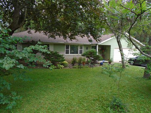 14349 W Hawthorne, Lake Forest, IL 60045