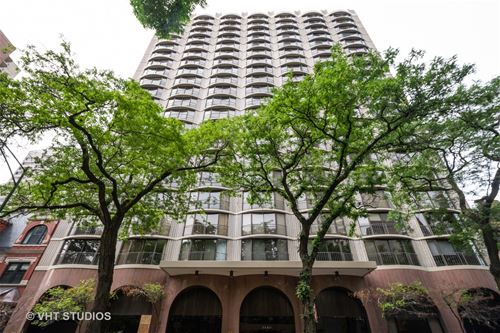 1440 N State Unit 18A, Chicago, IL 60610 Gold Coast