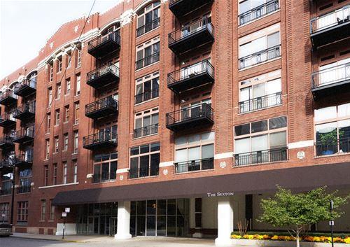 360 W Illinois Unit 8F, Chicago, IL 60610 River North