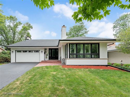 266 Stonegate, Clarendon Hills, IL 60514