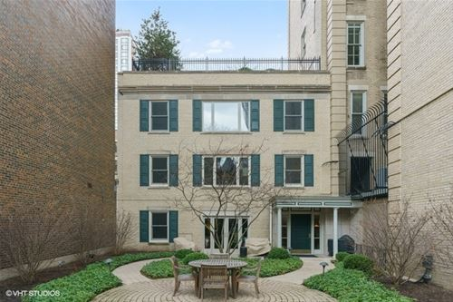 1544 N State Unit A3, Chicago, IL 60610 Gold Coast