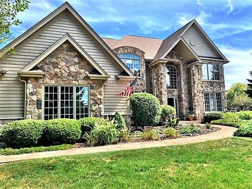 36W805 Red Gate, St. Charles, IL 60175
