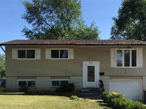 697 Nolan, Glendale Heights, IL 60139
