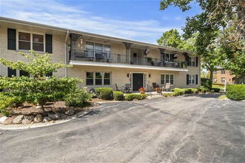 595 Duane Unit 1B, Glen Ellyn, IL 60137