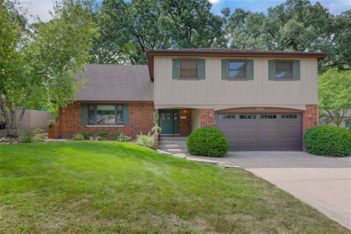 1113 Black Oak, Downers Grove, IL 60515