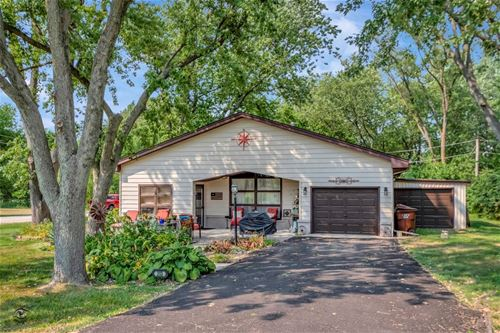 203 Redwood, New Lenox, IL 60451