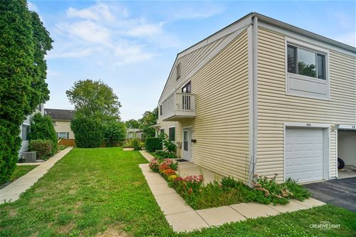 840 Cambridge Unit 840, Wheeling, IL 60090