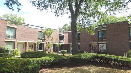 12 Birch Tree, Elmhurst, IL 60126