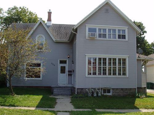 320 W Ottawa, Sycamore, IL 60178