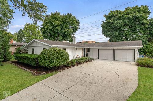 2835 Briarwood, Arlington Heights, IL 60005