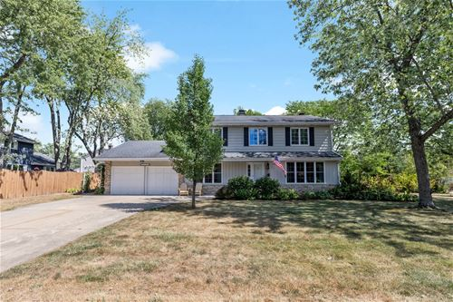 2S213 Sheffield, Glen Ellyn, IL 60137