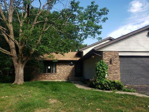 7352 Montmorency, Rockford, IL 61108