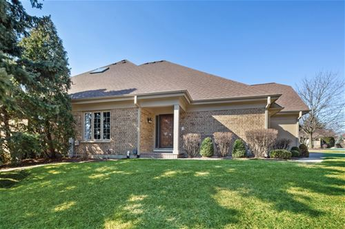 63 Pine Tree, Burr Ridge, IL 60527