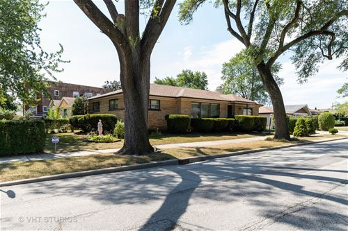 3807 Keeney, Skokie, IL 60076