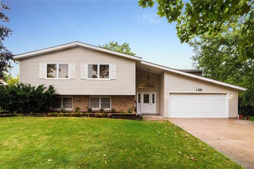 105 Manor, Dekalb, IL 60115