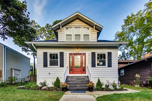1029 Pine, St. Charles, IL 60174